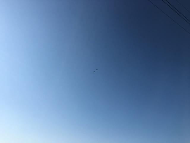 二機のヘリ