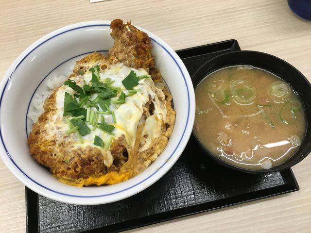 カツ丼+とん汁