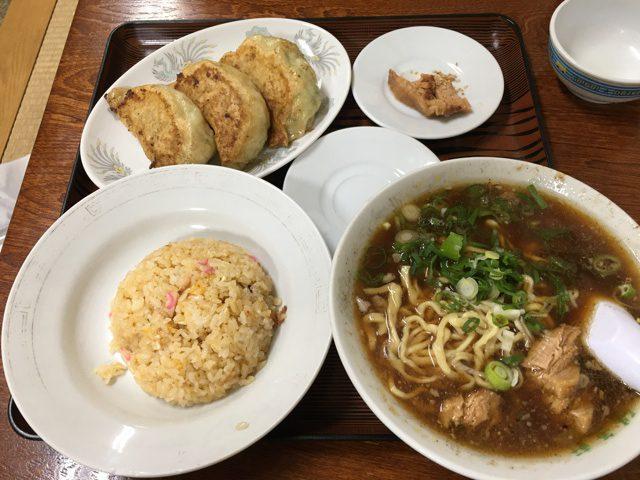 まんぷくラーメン定食