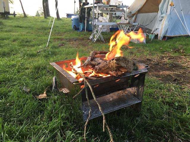 朝のたき火