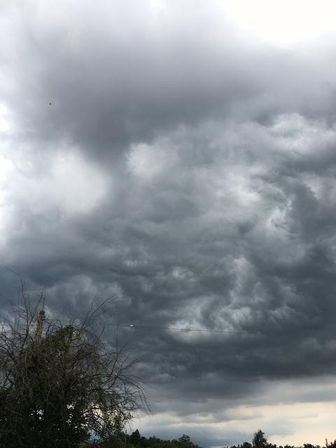 すごい雨雲