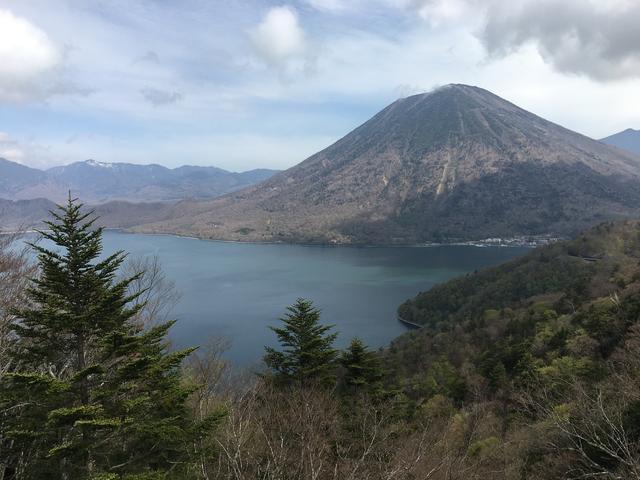 展望台から望む中禅寺湖