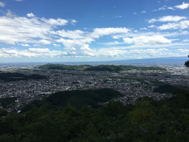 吾妻山山頂からの眺め