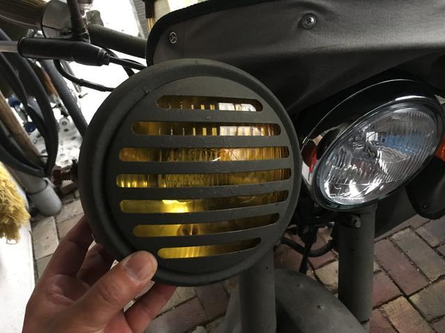 オシャレな旧ヘッドライト