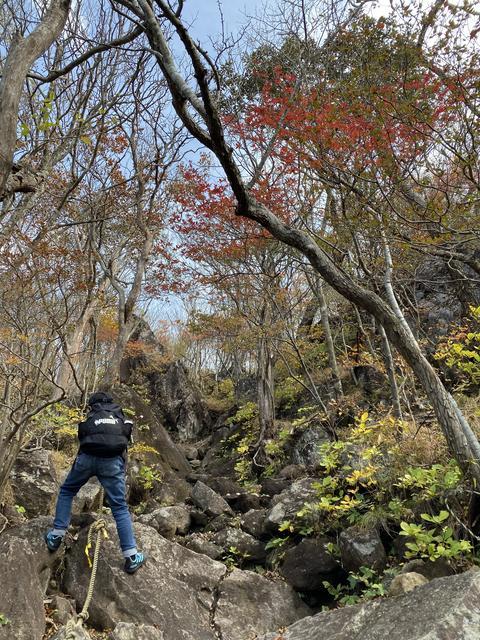 岩場の急登