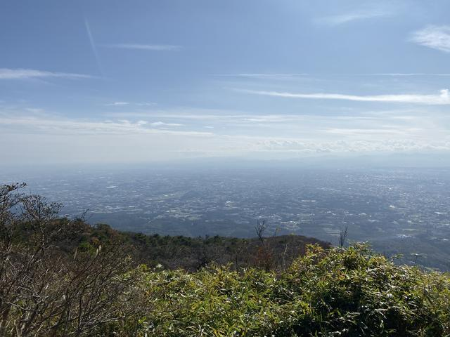 鍋割山頂からの眺め