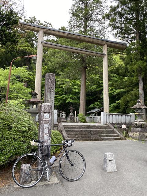 自転車で赤城神社へ