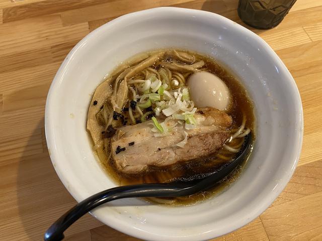淡麗醤油山賊麺