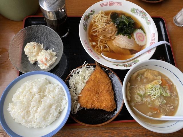 山田の特製 豚汁定食