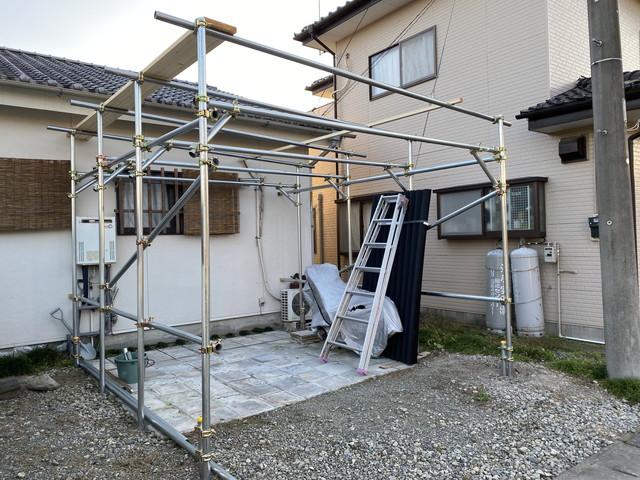 屋根部の単管設置完了