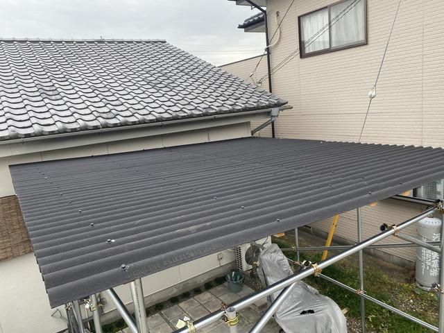 屋根設置完了
