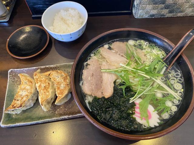 ランチAセット塩ラーメン餃子