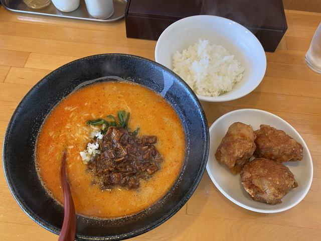 きんとうん麺辛 ランチ唐揚げセット