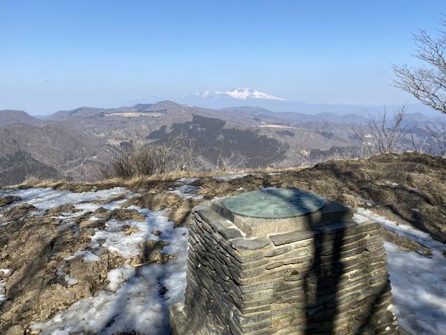 艫岩の展望台
