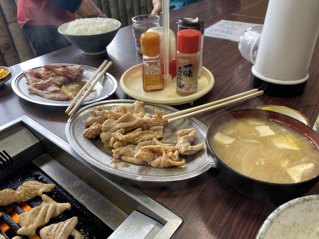定食のお味噌汁・ホルモン・上肉・ライス